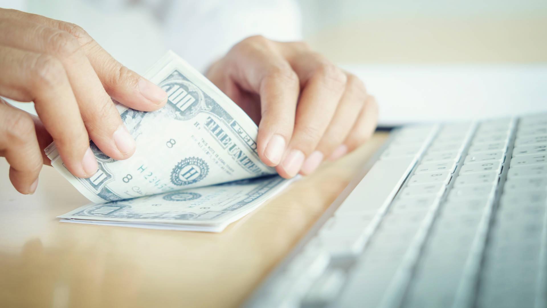 Loan Officer & Customer